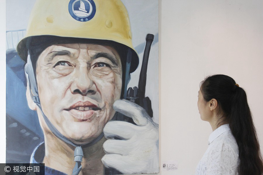 Oil paintings depict China's most inspiring role models