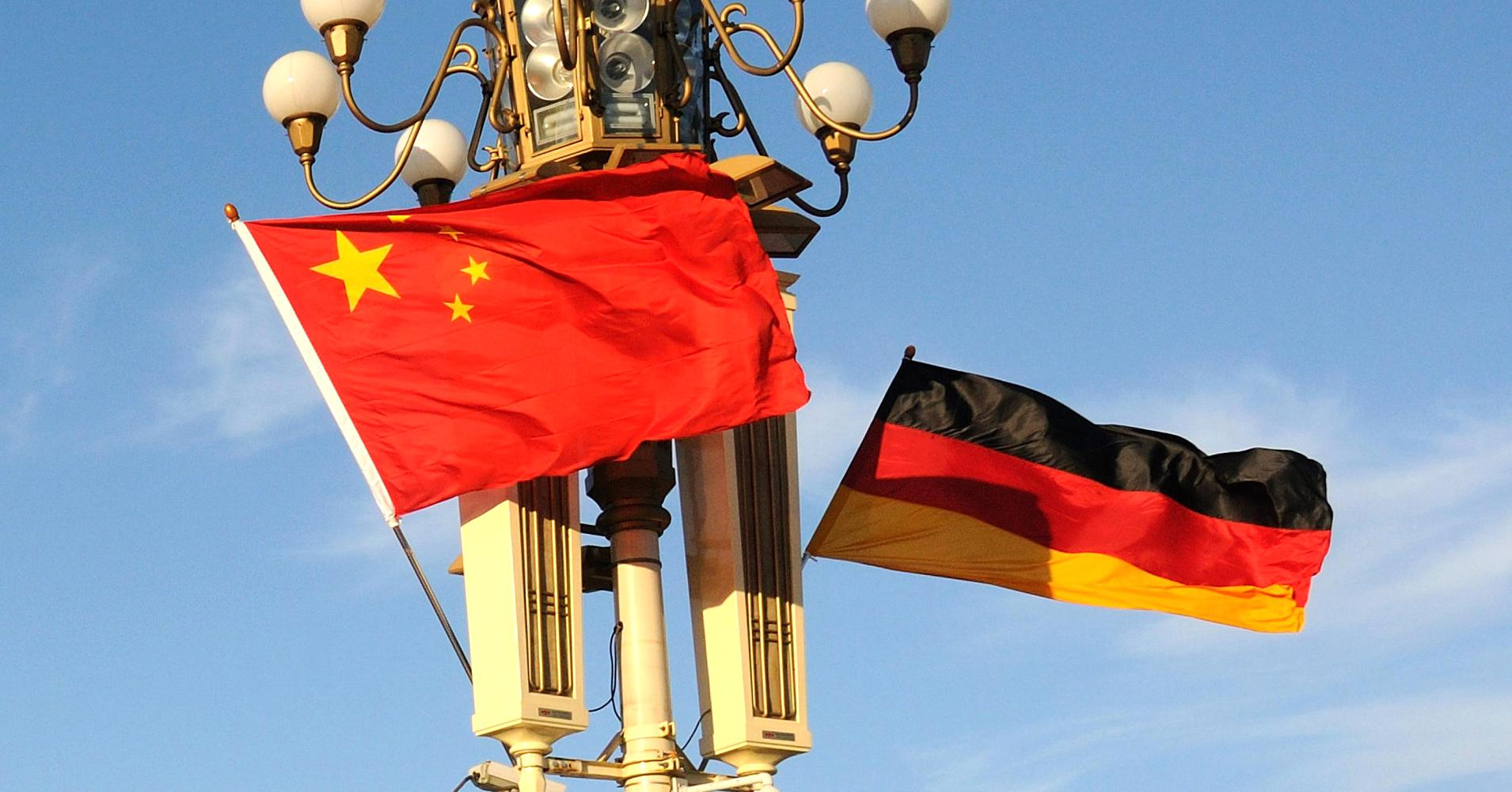 China, Germany sign manufacturing deals during Li's official visit