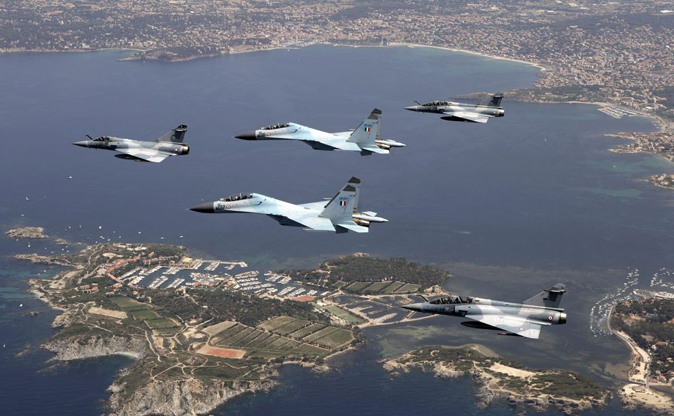 Indonesia deploys Sukhoi jets to guard against fleeing militants